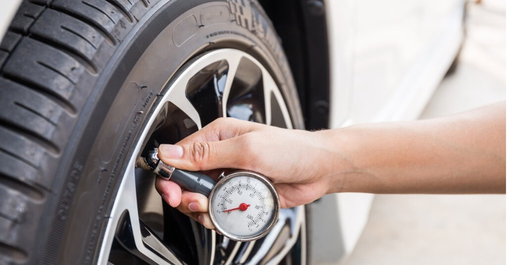 Inspect tyre pressure